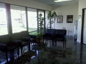 918_Mission_HIlls_Chiropractic_waiting_room-300x224